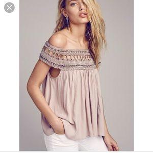 Excellent Condition FREE PEOPLE Blouse Medium